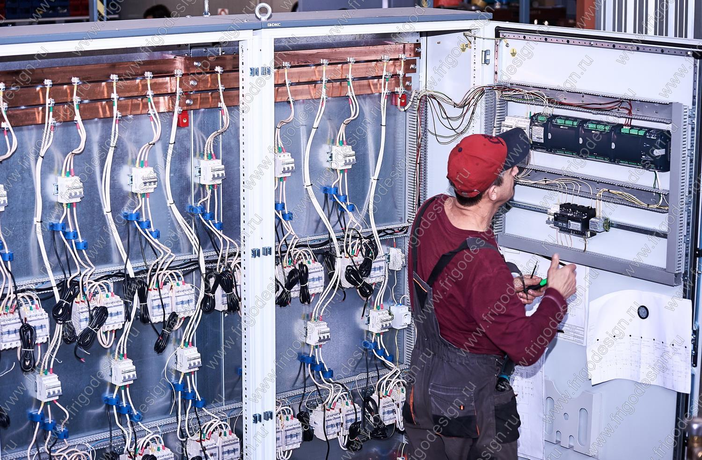 Шкафы управления насосами в составе гидромодуля