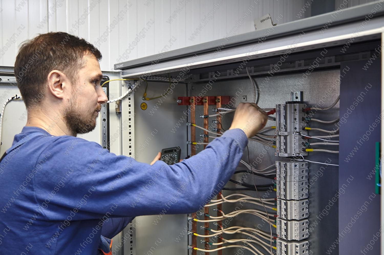 Шкафы управления для холодильных машин
