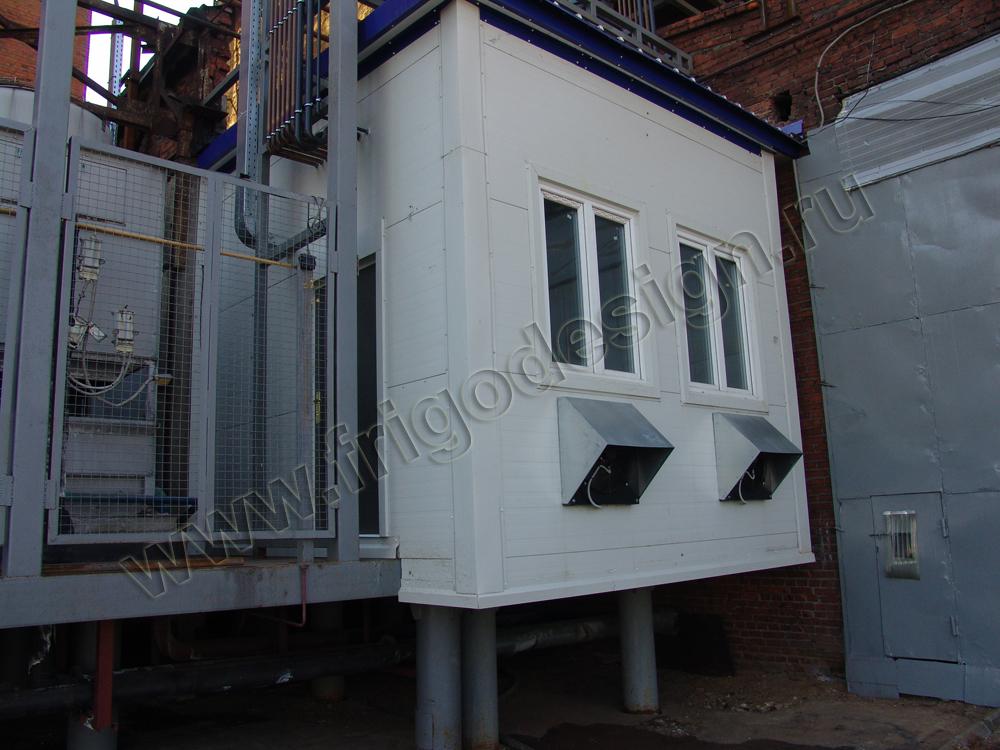 Машинное отделение, в котором размещается холодильная установка